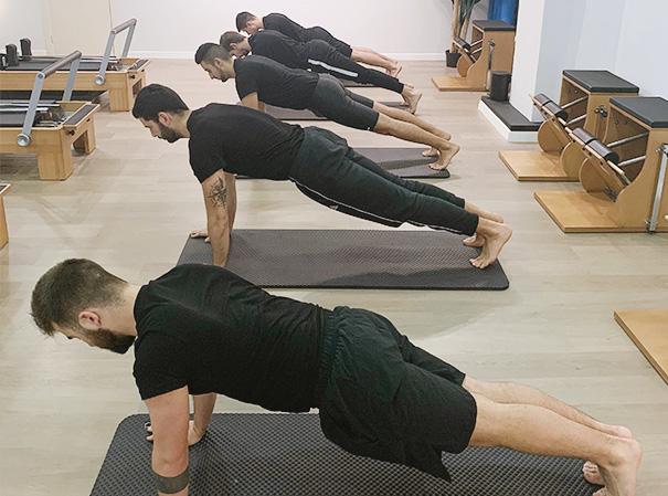 ejercicios pilates suelo en A Coruña